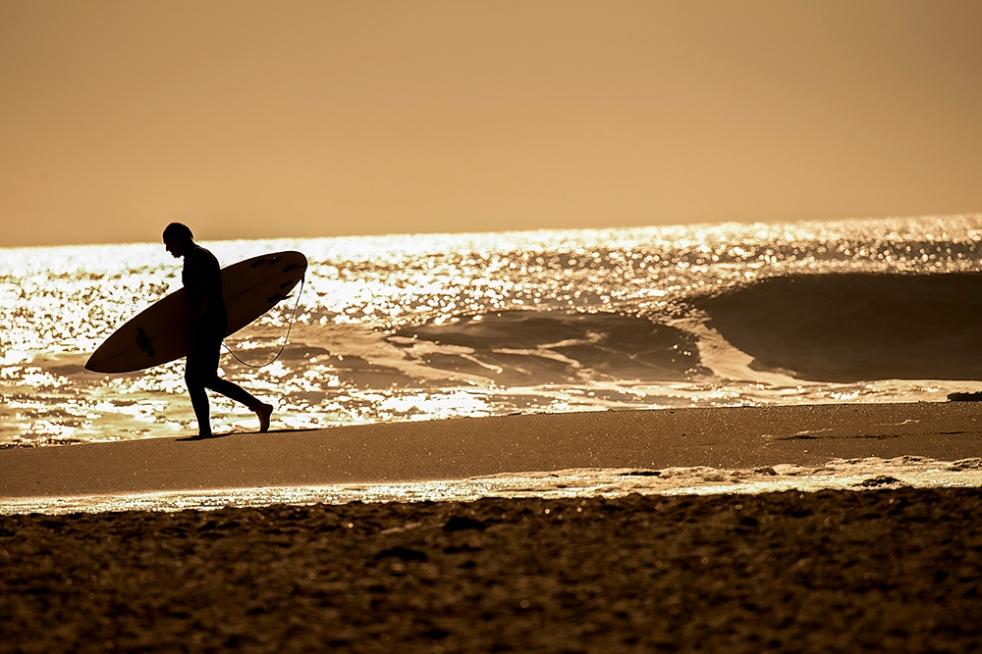 Sufer, Sunrise, Old Lighthouse Beach, Buxon, North Carolina, Epic Shutter Photography, WUNC Public Radio, November Photographer Profile, Hatteras Island Surf Photography, Surfing, Surf Photography