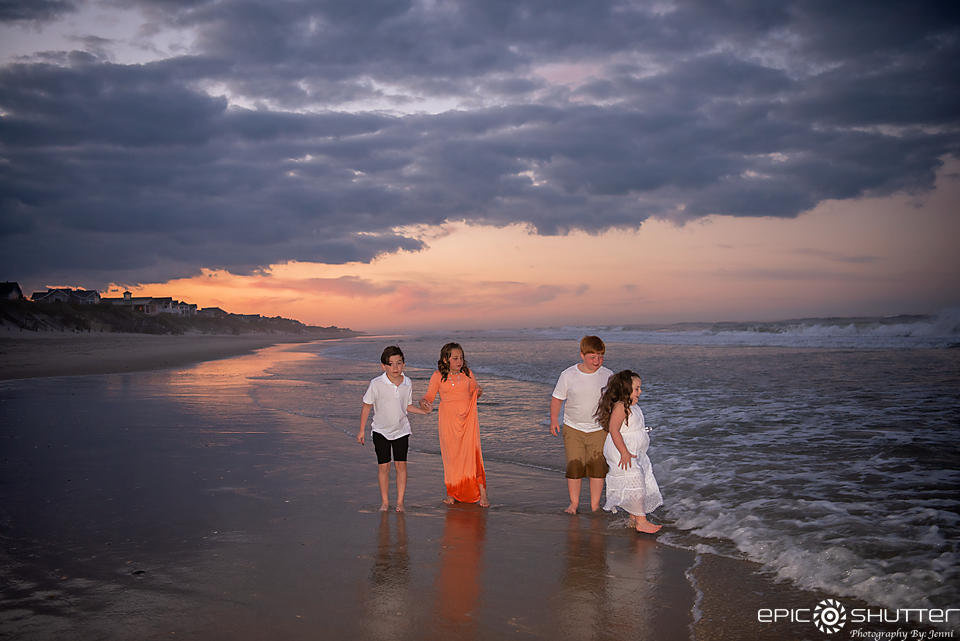 Outer Banks Family Portraits, OBX Family Vacation, Family Photos, Outer Banks Photographer, Epic Shutter Photography, Sunset Family Portraits, Family Photographer, Cape Hatteras Photographer