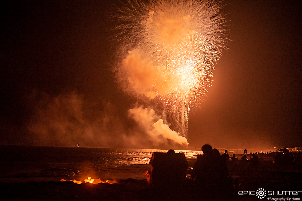 Fireworks, Avon Fishing Pier, Avon, North Carolina, 4th of July, Fireworks over the ocean, Epic Shutter Photography, Outer Banks Documentary Photographer, Outer Banks Photographers, Cape Hatteras Photographers, OBX Photographers